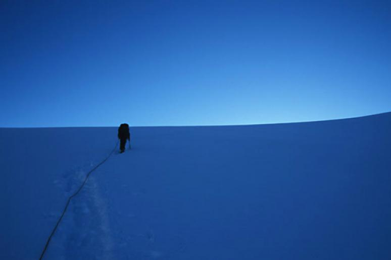 Tips For Surviving Extreme Cold From a World-Class Mountaineer