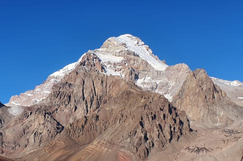 A view of Aconcagua in its entirety