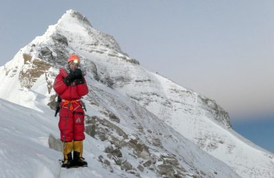 Everest 2020 Canceled due to Fears of Coronavirus Hitting Base Camps
