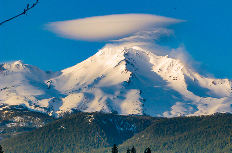 Mt Shasta with a lenticular cloud over the summit